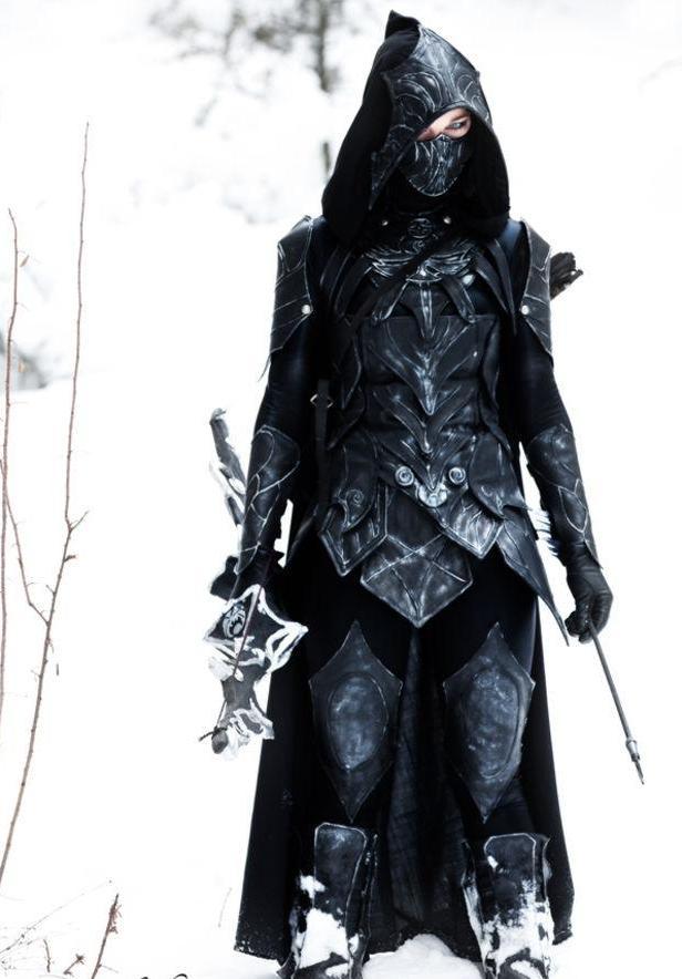 elder-scrolls-sexy-cosplay6