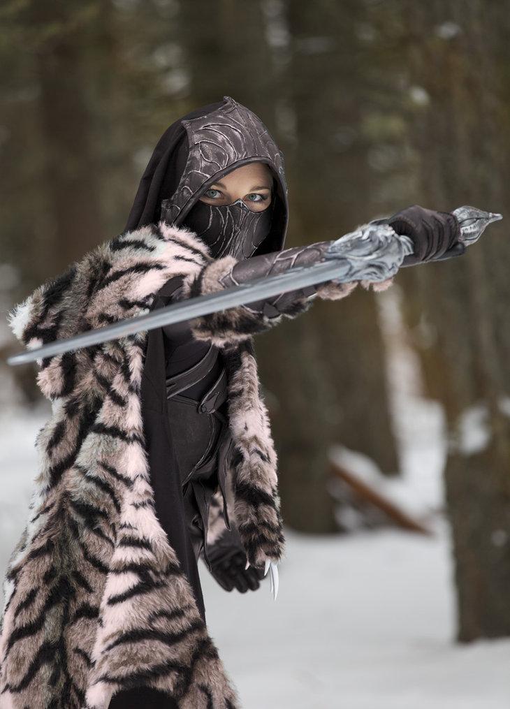 elder-scrolls-sexy-cosplay7